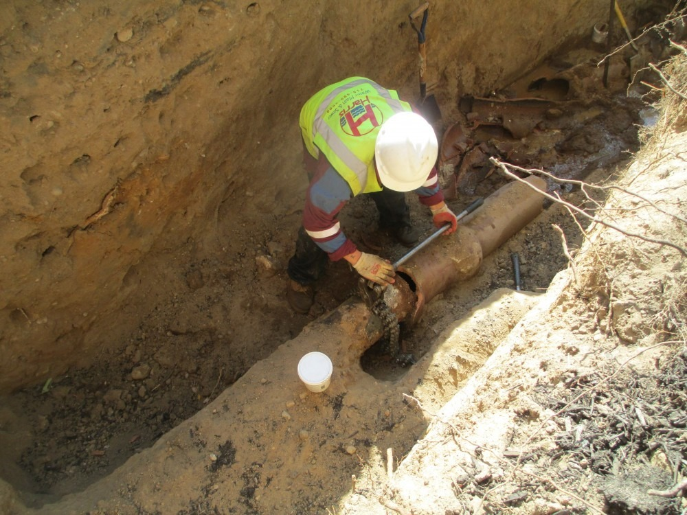 Sewer line repair vs sewer line replacement pros cons for Water main pipe material
