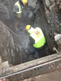 Bronx sewer line install encounters large rock harris for Sewer liners pros and cons
