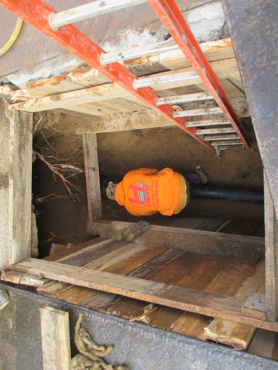 How to locate and repair a broken sewer harris