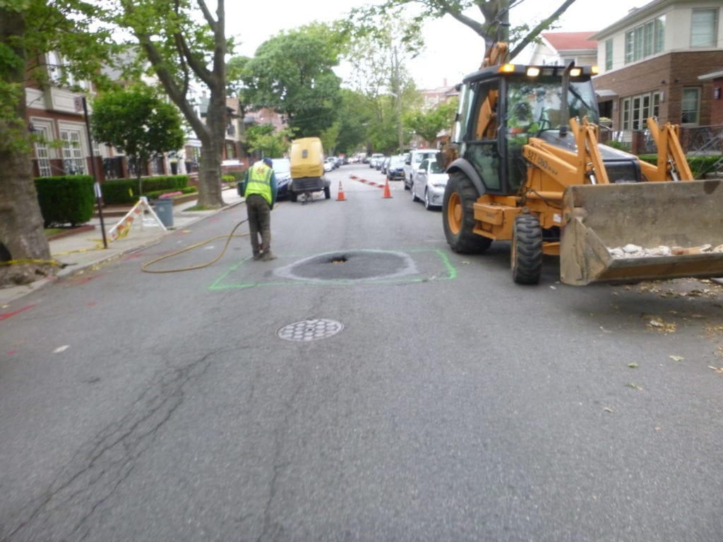 Roadway sinkhole due to broken sewer