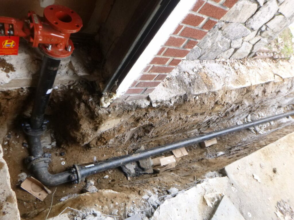 OS&Y valve on combined water main