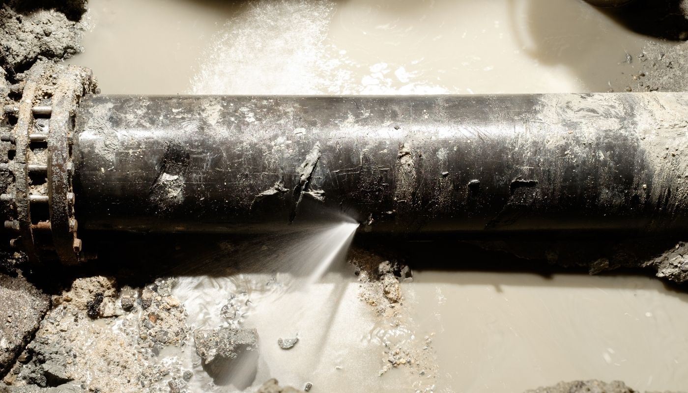 Signs Your Water Main or Water Line Is Damaged